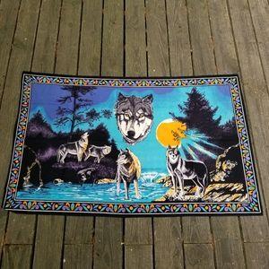 Vintage Havati Native American Wolf Tapest…
